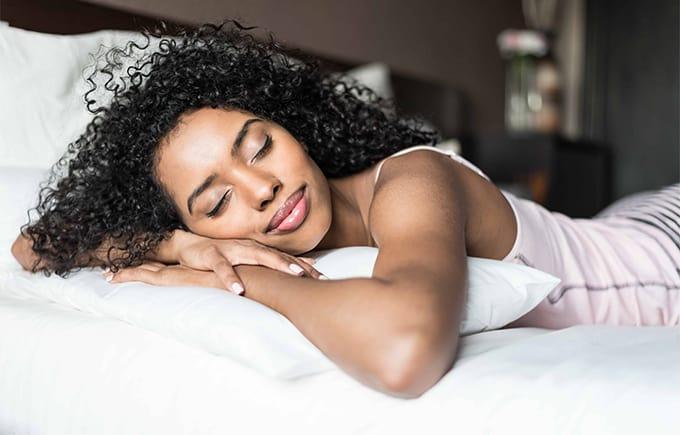 De voordelen van met oordoppen slapen